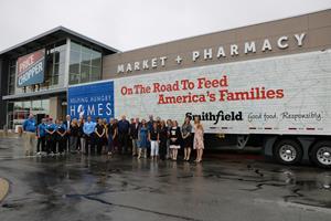 Smithfield Foods Helping Hungry Homes – Kansas City, MO