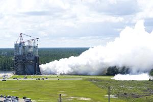 RS-25 Engine Test of 5-23-17