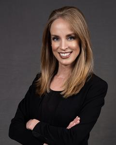 Mandy Austin Headshot