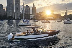 Aviara Boats AV36 Cruising