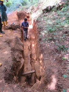 Ceylon Graphite's New Discovery at Hakbewa