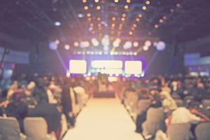 0_medium_TechConference.jpg