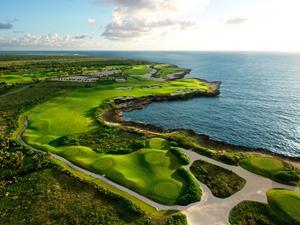 2_medium_Corales_Golf_Club_2.jpg