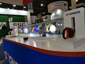 Dogness's Smart Retractable Leash on display at CES 2019