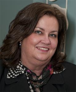 Shelli Robb-Kahler, Vice President, Olympic Peninsula Hub Branch Manager