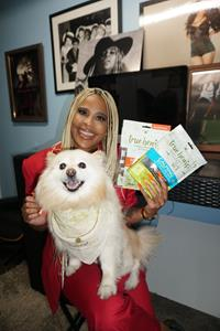 True Leaf Pet brand ambassador Laurieann Gibson and her dog Samson