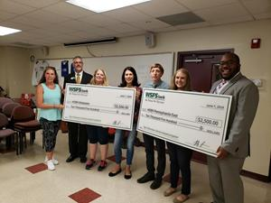 WSFS Bank Volunteers Make $5,000 Donation to HOBY Youth Leadership