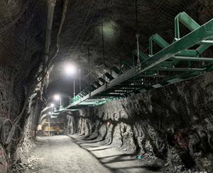 Lower mine conveyor