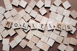 0_medium_politics-2361943_1920.jpg