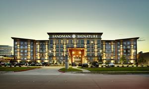 Sandman Signature Plano-Frisco Hotel exterior